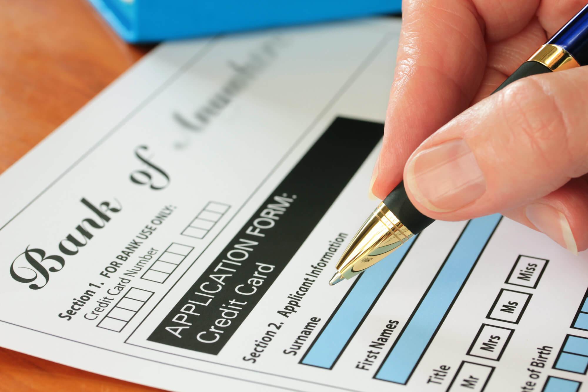 Hvem kan søke om et kredittkort
